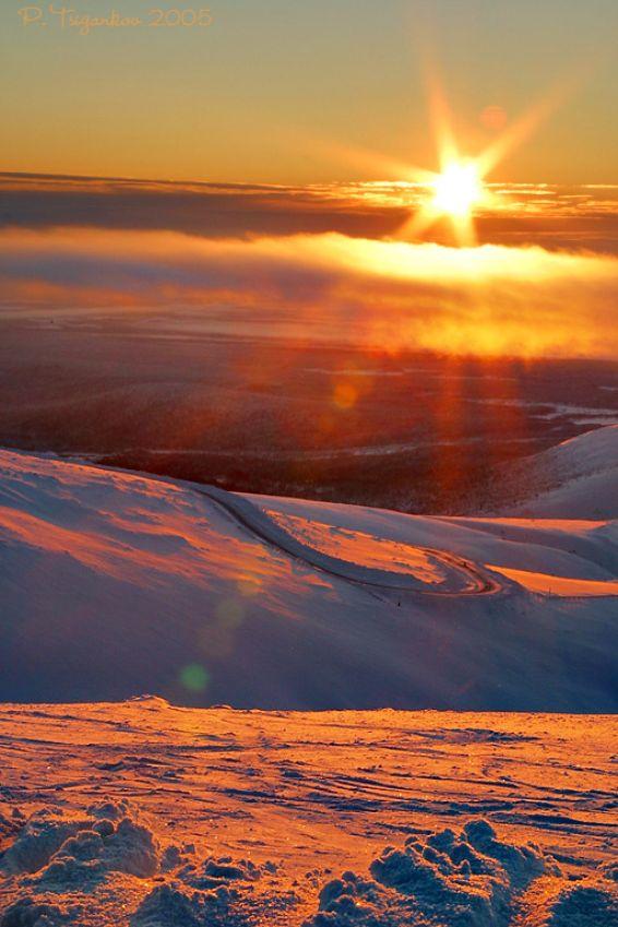 Изгреви и залези: Високо в планината
