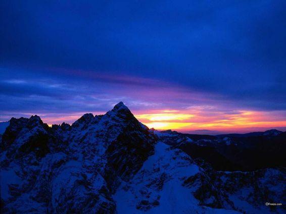 Изгреви и залези: В планината
