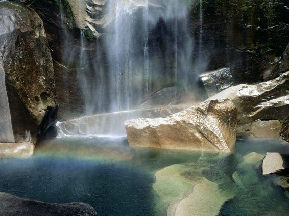 Водопади: Natural Phenomenon - Vernal Falls