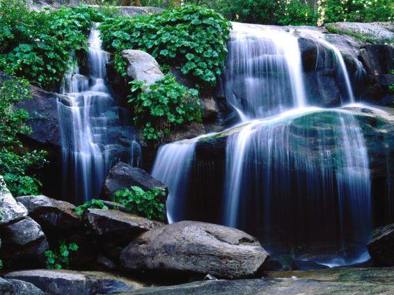 Водопади: Whiskey Falls
